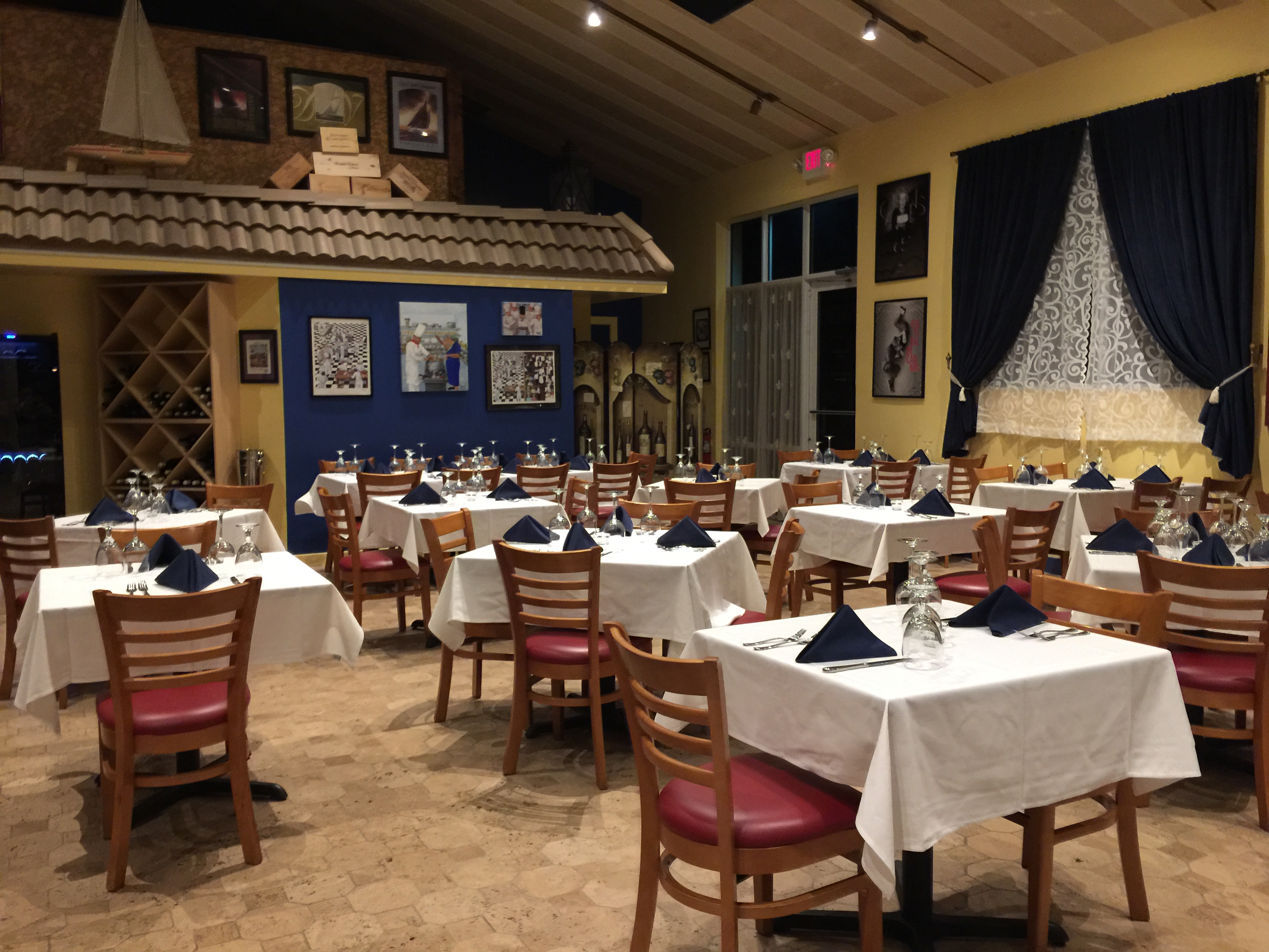 Sanibel island french bistro blue rendezvous bistro - French cuisine definition ...